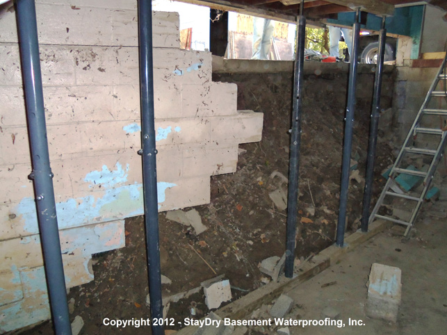 Dearborn basement waterproofing staydry michigan for Dry basement